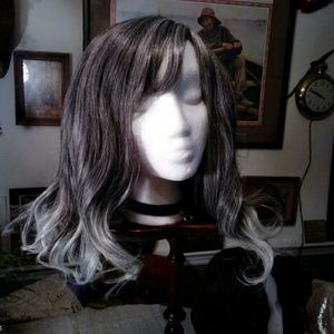 Salt & pepper to silver ends ombre thick wig